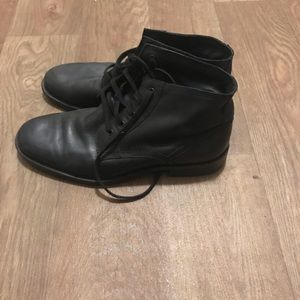 Kenneth Cole Black lace up ankle boots
